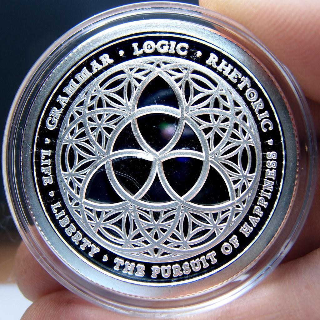 """Colección de onzas de plata """" Silver Bullets & Silver Shield"""" 10173862184_f1d003d780_b"""