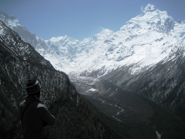 Ο επιβλητικός ορεινός όγκος του Ganesh Himal ( 7422 μ )!