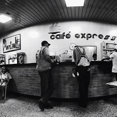 Mientras tanto en #cafe #express... pasan las horas! ✈️☕️ atrapado en #Ibagué #stranded