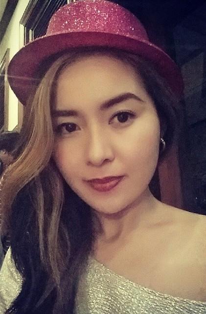 shimmering-hat