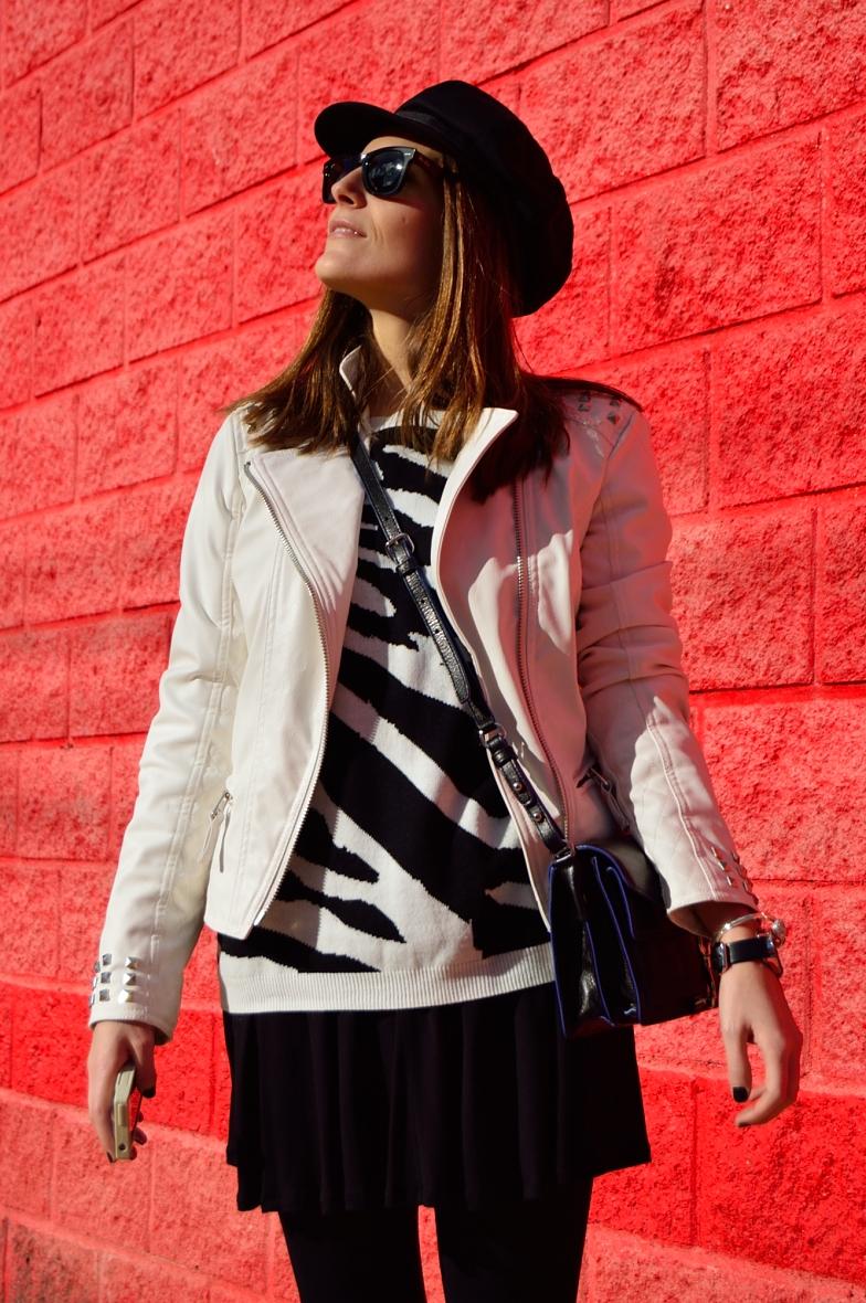 lara-vazquez-madlula-blog-fashion-style-streetstyle-white-biker-easy-chic-look