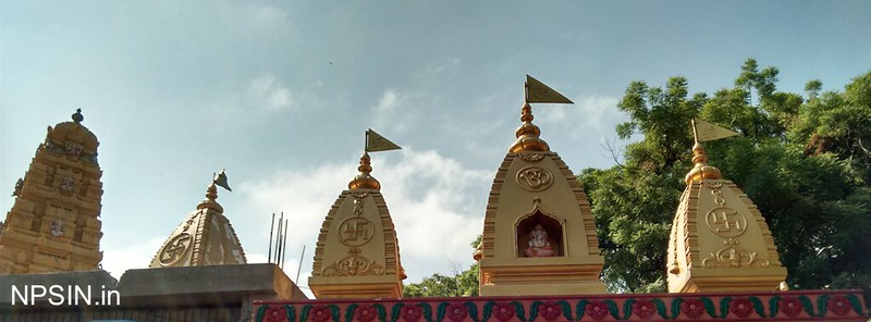 गणेश मंदिर (Ganesh Mandir) dedicated to Lord Shri Ganesh founded by V.Sankar Aiyar in 31 Oct 1952 (Renovated - 22 Apr 1999), group of two temples Shiv Evam Shani Mandir along with Shri Ganesh Mandir, both temple share same wall and also interconnected.
