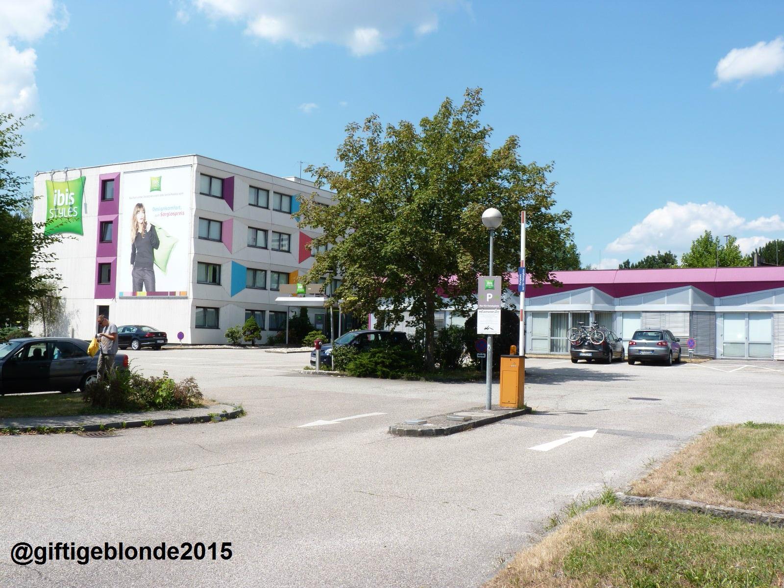 Hotel Ibis Styles Linz mit Parkplatz