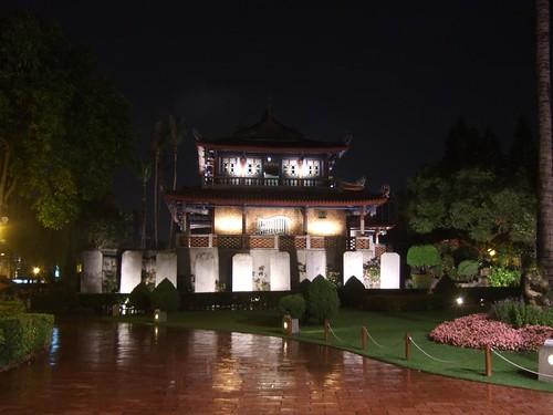 夜の赤崁楼
