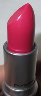 MAC Lickable Cremesheen Lipstick
