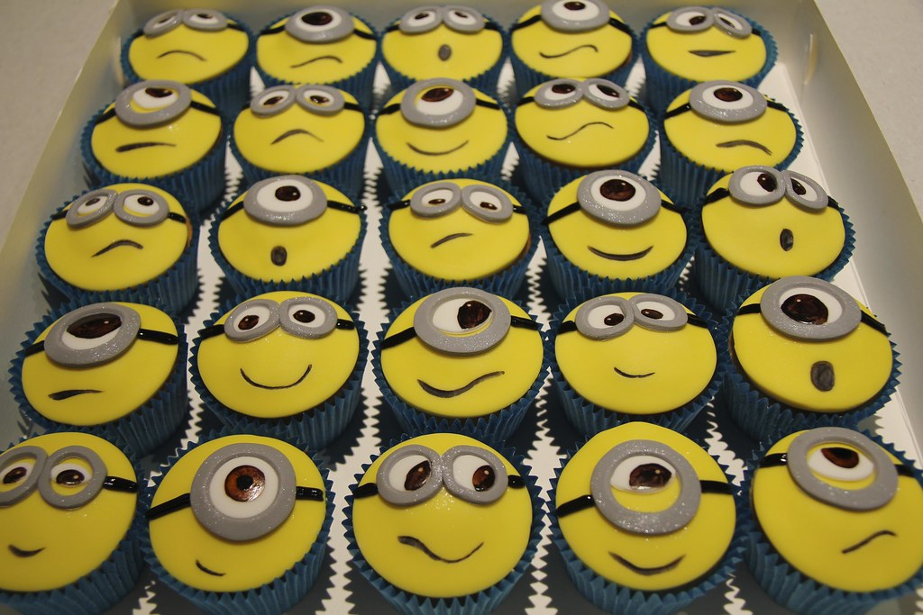 Despicable Me Cupcakes Minion Cupcakes From Despicable Me Flickr