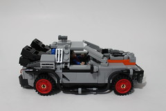 LEGO CUUSOO Back to the Future DeLorean Time Machine (21103)