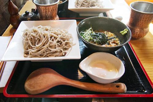 Cold sukiyaki soba