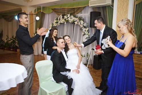 """Concursul Obiceiul """" Dezbrăcatul miresei!!!"""" > Sveta Munteanu"""