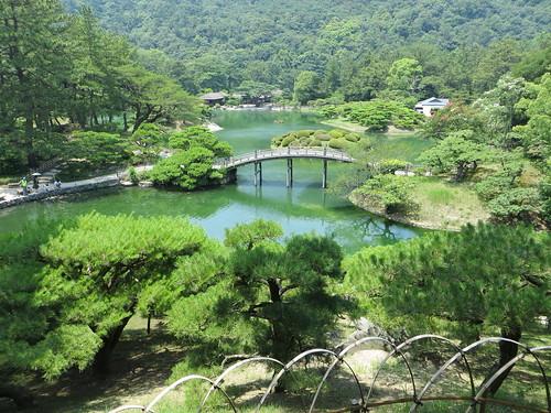 lake japan garden shikoku takamatsu nanko 南湖 ritsurinpark 高松 栗林 crescentbridge hiraiho