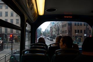 Dans un bus à impérial londonien