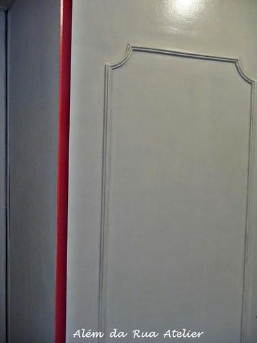Guarda roupa pintado de branco