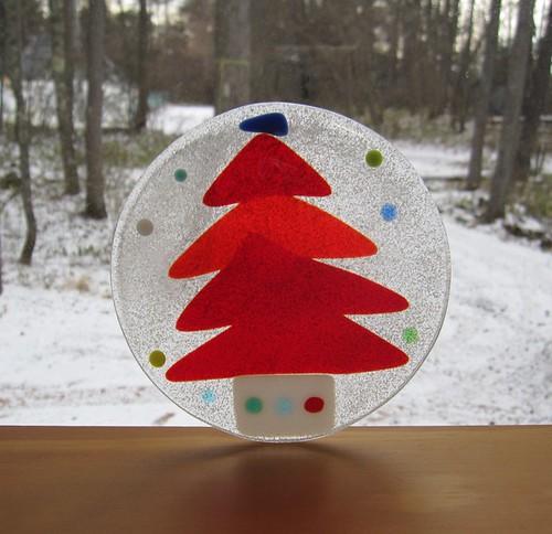 赤いツリーの飾り皿窓Sサイズ by Poran111