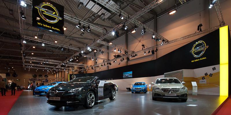 Opel auf der Essen Motor Show 2013