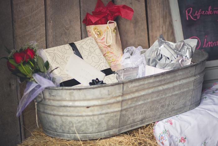 Bucket-o'-presents