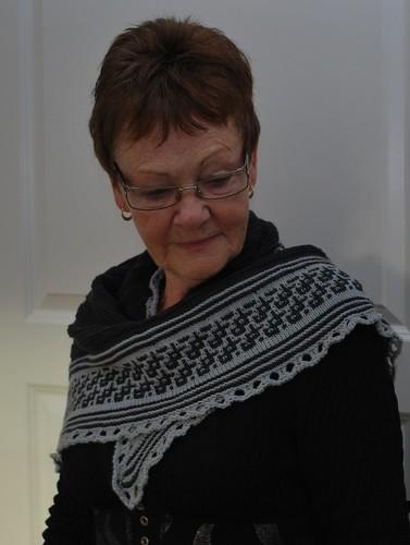 Deap sea shawl