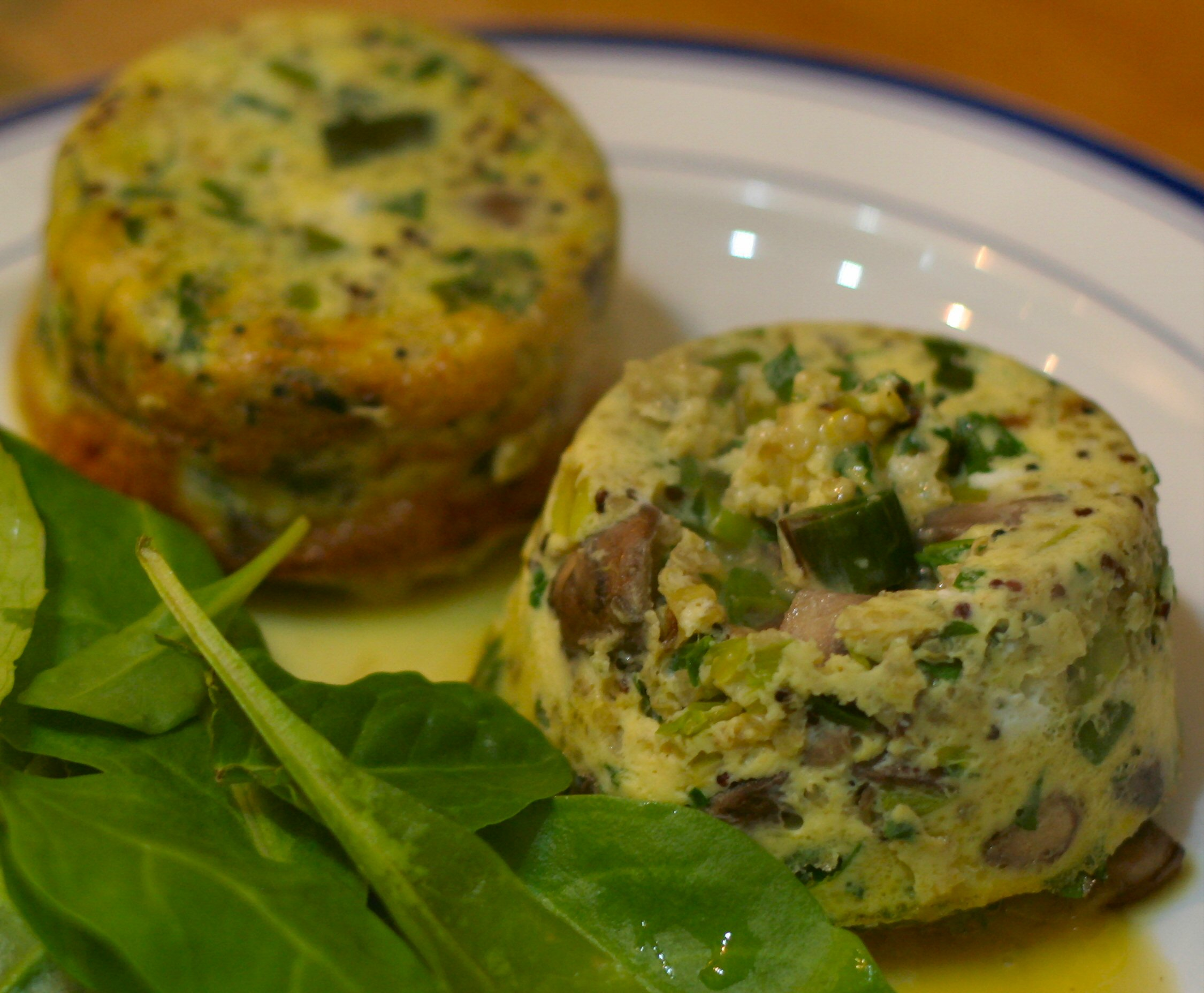 Leek & mushroom frittatas with salad leaves