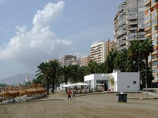 Baden und Relaxen vor Malagas Altstadt
