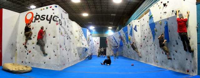Bit of bouldering with Tomas and Tomas and Tomas!!