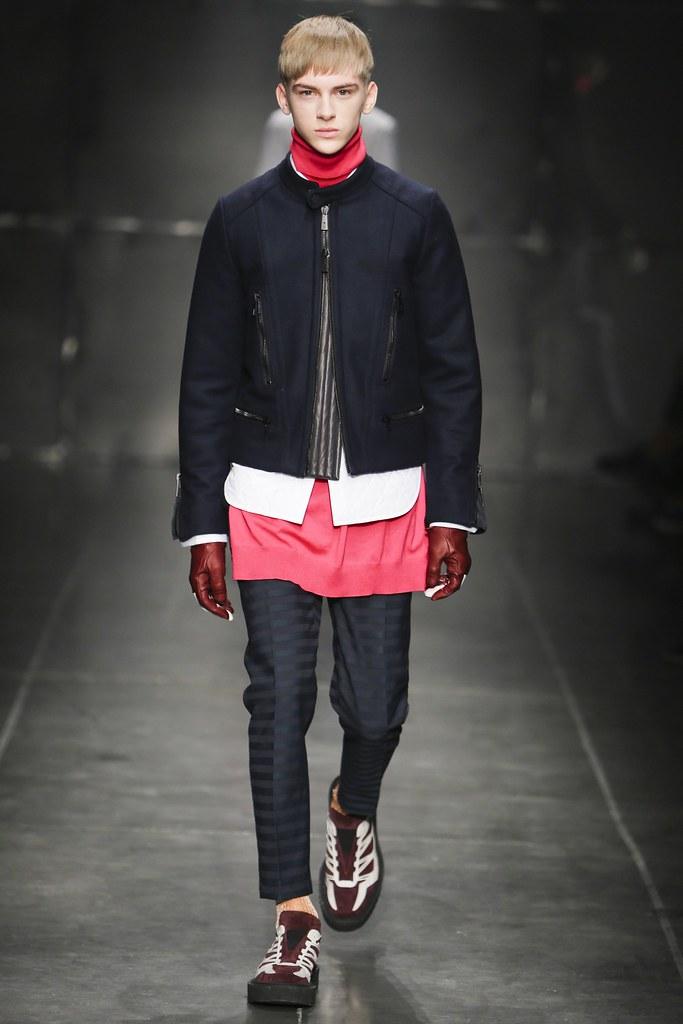 Dominik Sadoch3055_FW14 Milan Andrea Pompilio(fashionising)