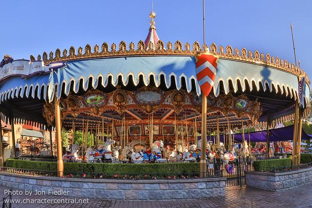 DDE May 2013 - An early morning at Disneyland