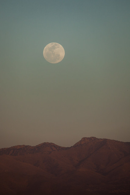 Full Moon in Dust Storm