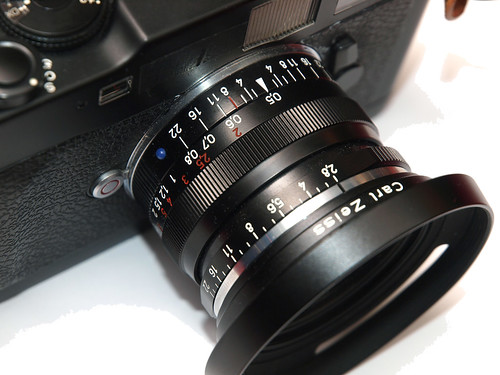 Carl Zeiss Biogon T* 2.8/28 ZM