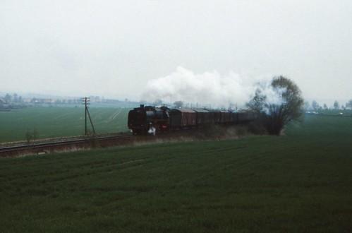 1991-04-28; 006. DR 01 2137-6 met P8015. Mittelpöllnitz. Plandampf Saalfeld-Gera
