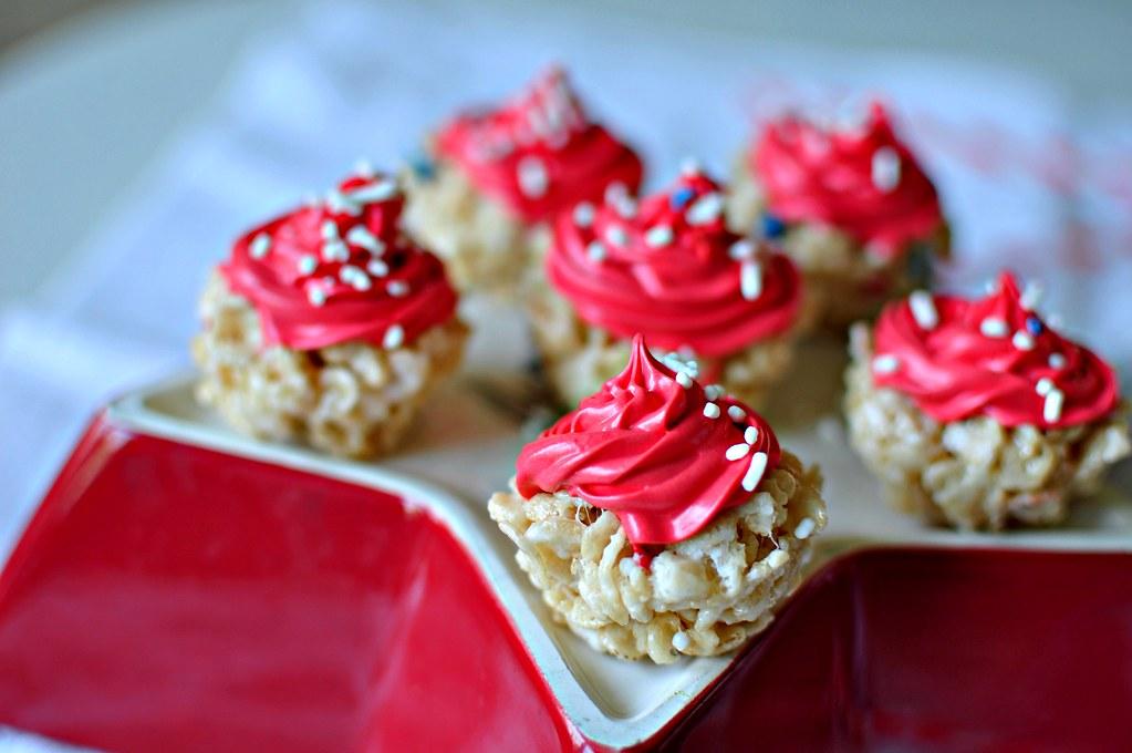 4th of July Rice Krispie Cupcakes 3