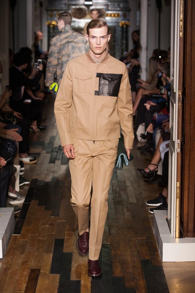 SS14 Paris Valentino023_Adrian Bosch(fashionising.com)