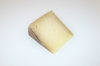 10 - Zutat Pecorino / Ingredient pecorino cheese