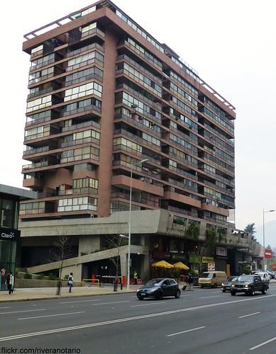 Edificio Portada de Vitacura - Santiago, Chile