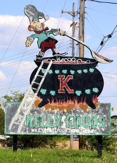 Kelly Foods neon sign - Jackson, TN