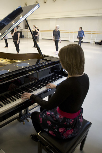 Helen Nicholas in action.