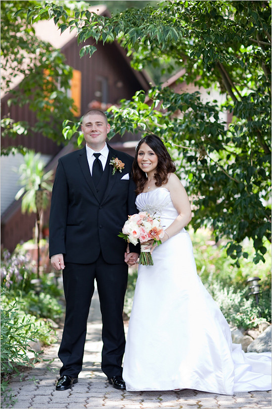 Bridal Styles Bride Jessica featured on Wedding Chicks! Photography - Jamie D Photography