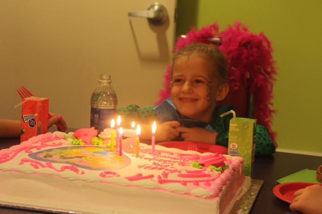 Cake_Smiling-by-cake