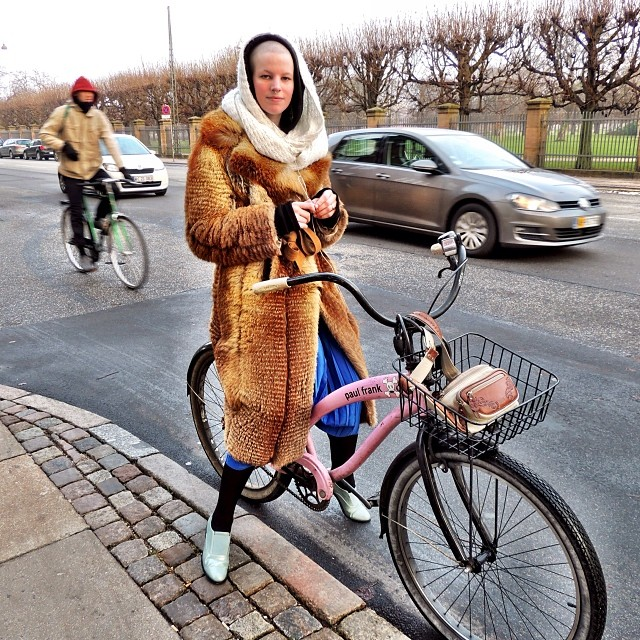 SO cool #Copenhagen girl - no hair and lots of attitude!