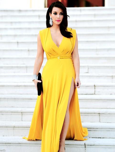 6ca2e741d9a259a09d43315a241bc68b, Kim Kardashian, maxi dress, yellow dress