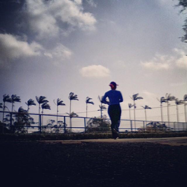 20140110 我會繼續…  #有跑步沒在怕的