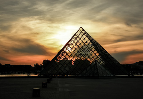 Louvre, The Pyramids at Sunset