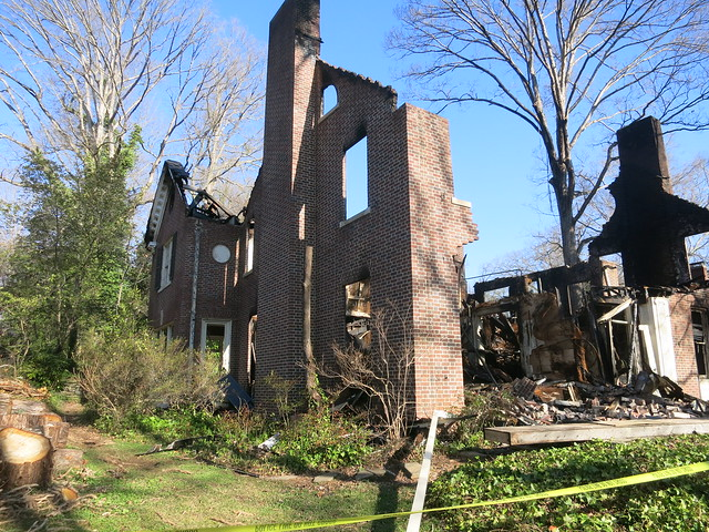 IMG_3591-2014-03-30-Burned-Aronstam-House-by-Pringle-and-Francis-Palmer-Smith