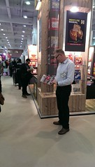 Derek Allan finds his favourite book (on Land Rovers!) at London Book Fair!
