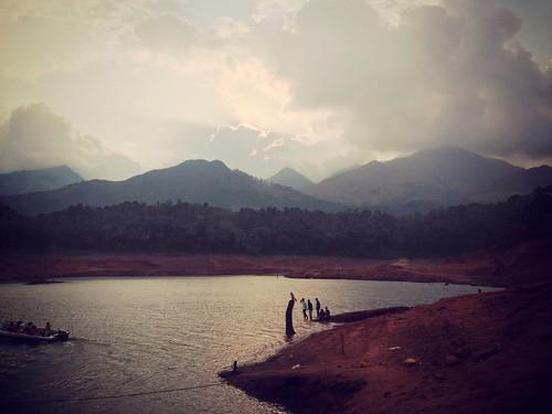 sunset water cloudy dam kerala wayanad sagar banasur uploaded:by=flickrmobile denimfilter flickriosapp:filter=denim banasursagardam