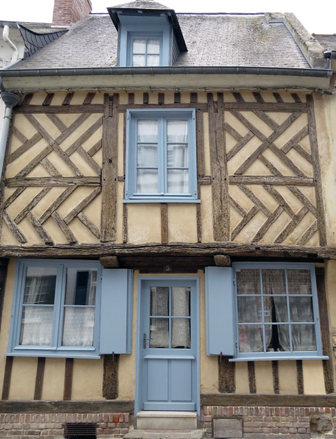 Ancient homes still standing in the Medieval Village section of St-Valery-sur-Sommes