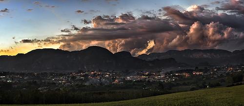Viñales Sunset by Rey Cuba