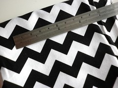 18 - Zig-Zag Black & White Chevron Fabric