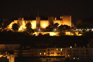 Castello iltavalaistuksessa