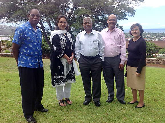 <p>From left, Kapiolani Community College Chancellor Leon Richards, Mumbai University Academic Council Member Sanyogita Morarji, Mumbai University Pro-Vice Chancellor Naresh Chandra, Mumbai University Management Council Member A.P. Mahajan and UH Senior Executive for International-Strategic Initiatives Joanne Taira.</p>