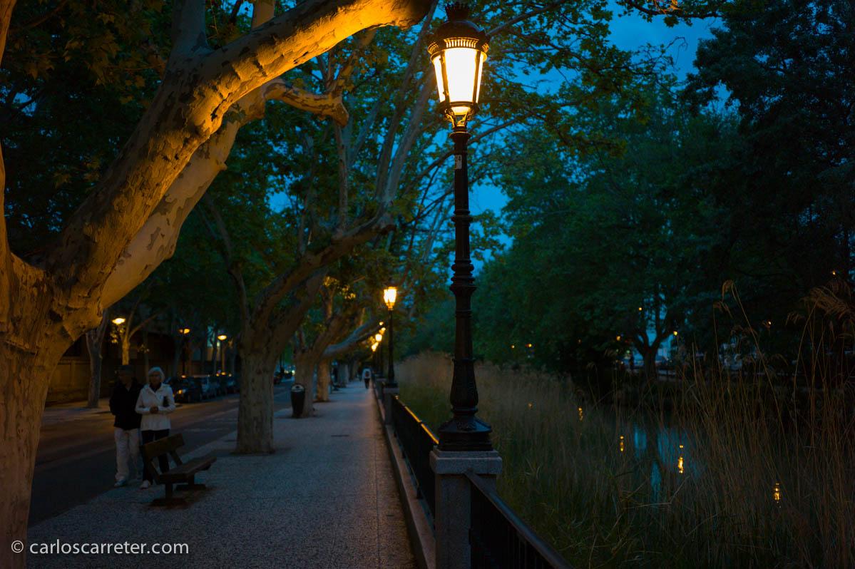 De vuelta a casa por el parque y el canal