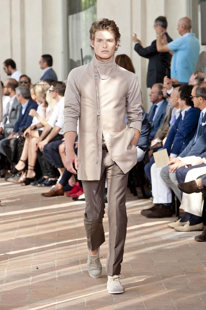 SS14 Milan Corneliani021_Julius Gerhardt(fashionising.com)